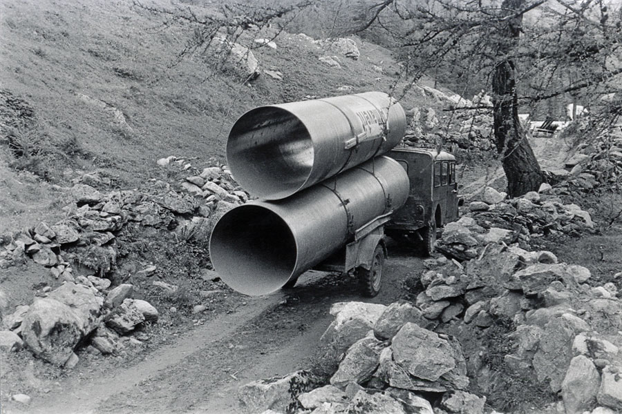 transportation of GRP pipes in 1961